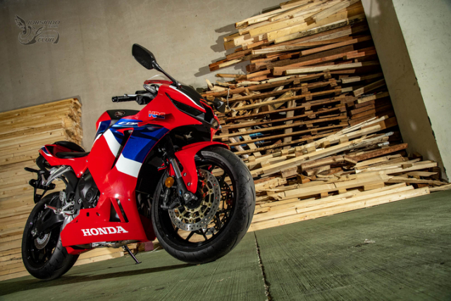 Honda CBR600RR 2021 ra mat voi gia gan mua duoc CBR1000RRR - 3