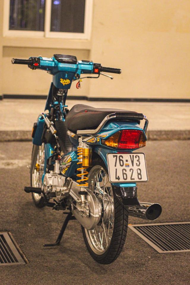Phuc sinh Honda Dream voi dan do choi du chat du luong - 15