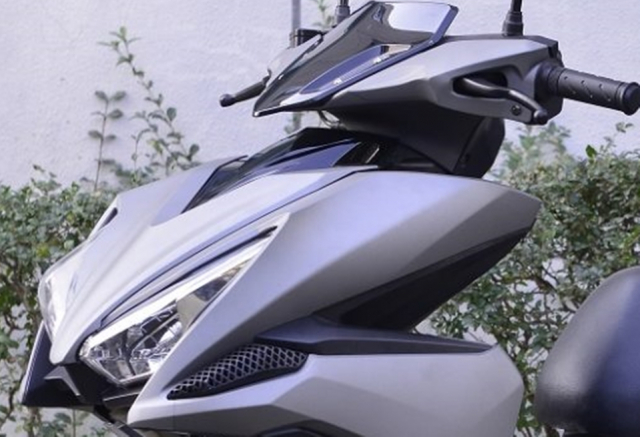 Rusi Rapid Ke dao nhai kieu dang cua Yamaha NVX