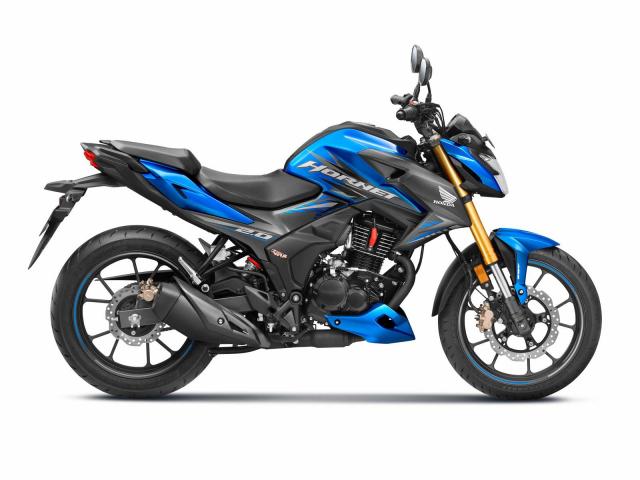 Honda Hornet 20 bien hinh voi phong cach Sportbike - 5