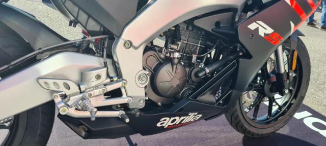 Aprilia RS 125 2021 va Tuono 125 2021 chinh thuc trinh lang voi thay doi moi - 9