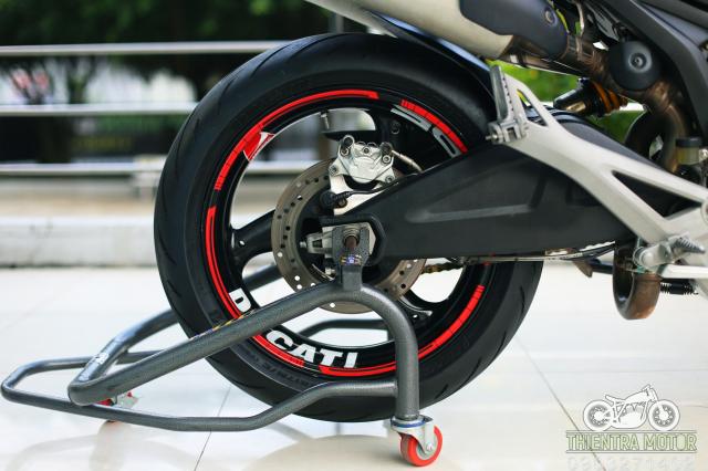 Ducati Monster 795 bien so TP - 21
