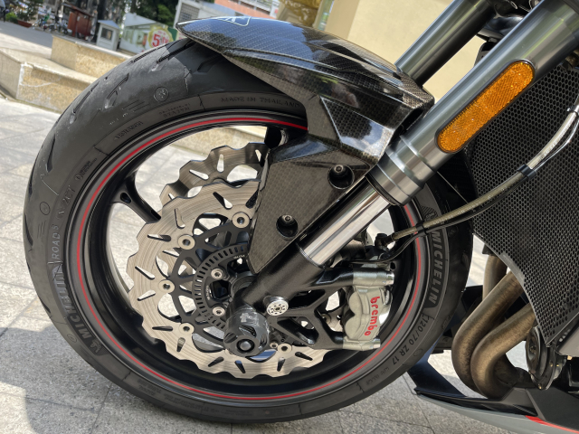 _ Moi ve xe Triumph Street Triple RS ABS ban Full HQCN Dang ky 2018 chinh chu odo 13200 km - 2