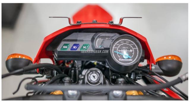 Kawasaki DTracker 150SE ra mat voi gia 59 trieu duoc ngan nguoi mo uoc - 6