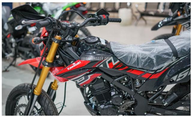 Kawasaki DTracker 150SE ra mat voi gia 59 trieu duoc ngan nguoi mo uoc - 9