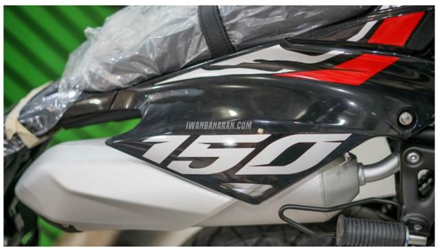 Kawasaki DTracker 150SE ra mat voi gia 59 trieu duoc ngan nguoi mo uoc - 11