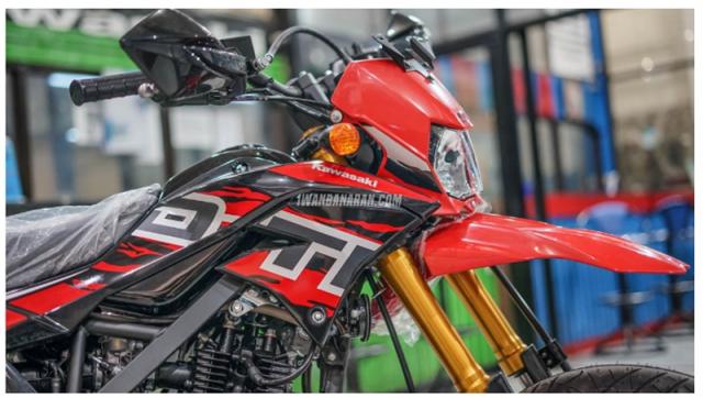 Kawasaki DTracker 150SE ra mat voi gia 59 trieu duoc ngan nguoi mo uoc - 17
