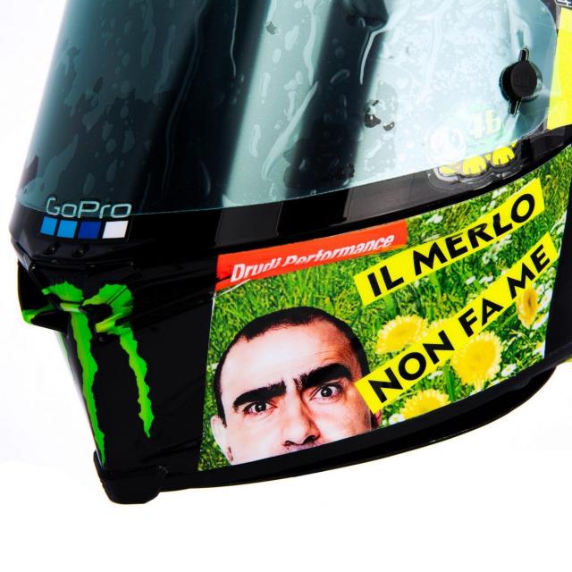 Ra mat phien ban mu bao hiem doc quyen danh cho Valentino Rossi 2021 - 5