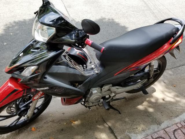 Suzuki Axelo moi may khoe xe dang di lam - 4