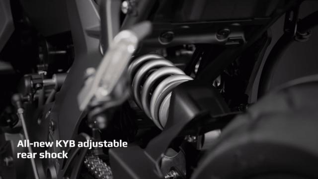 Yamaha R7 tiet lo nhung nang cap lon ve mat trang thiet bi ma it ai biet - 16