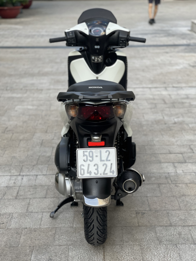 _ Moi ve HONDA SH 125 Nhap Y DATE 2009 chinh chu Odo 25000km xe dep may zin chat bao chua rot - 7
