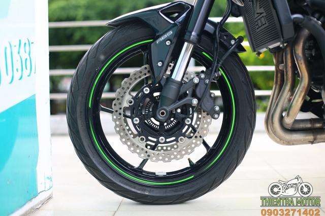 Ga chong be Ducati Monster 795 2012 dep xinh - 18