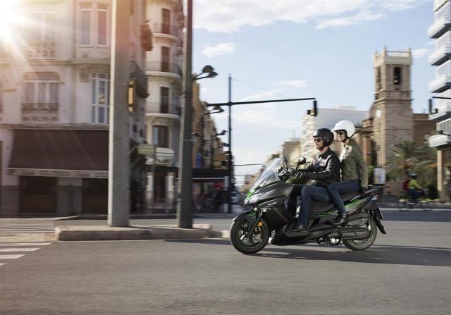 Kawasaki J125 xe tay ga 125cc co gia ban khoang 137 trieu Dong - 30