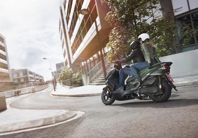 Kawasaki J125 xe tay ga 125cc co gia ban khoang 137 trieu Dong - 21