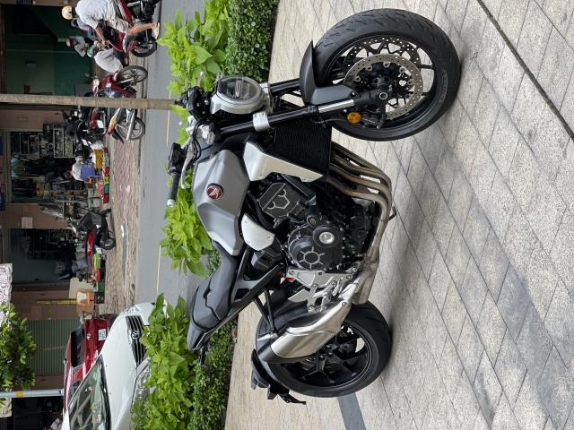 _ Moi ve xe HONDA CB1000R Neo ABS HQCN Dang ky 2018 chinh chu odo 13500 km xe dep may zin - 10