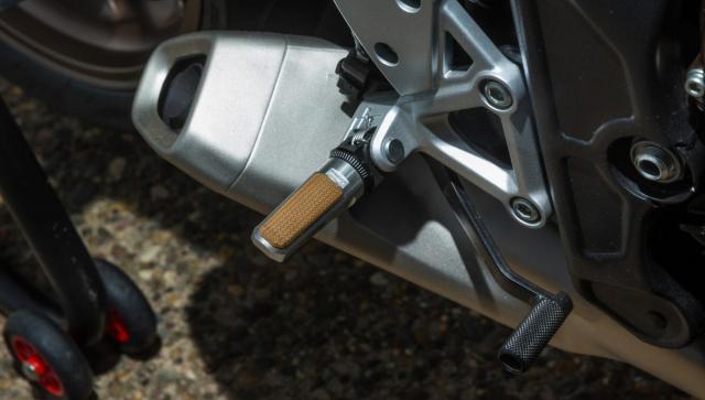 Honda CB650R do Cafe Racer tham gia su kien Wheels and Waves 2021 - 5