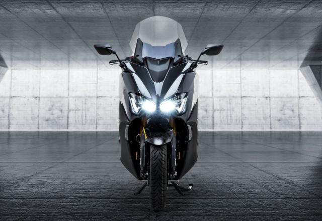 Lo bang sang che Yamaha dang phat trien TMAX Hybrid moi - 7