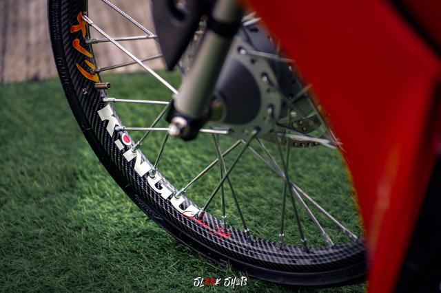 NVX 155 2021 lot xac KHUNG qua ban tay cua biker Thailand - 5