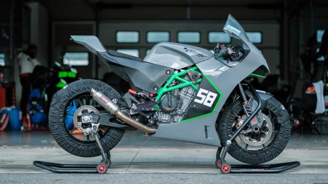 Sportbike su dung dong co KTM 890 dang thu nghiem - 3