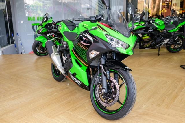 Trieu hoi Kawasaki Z400 Ninja 400 ve loi tang Cam - 3