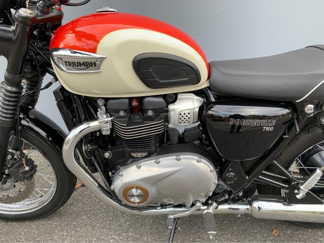 Triumph Bonneville T100 2017 - 4