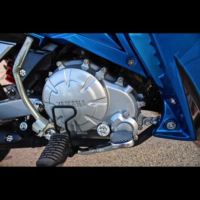 Yamaha Exciter 135 kieng nhe khoe dang trong nang chieu - 7