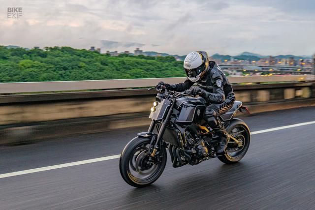 Yamaha XSR900 do khung den tu Rough Crafts o Dai Loan - 9