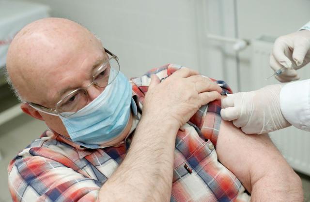 Hieu qua cua 6 loai vaccine Covid19 hien nay - 3