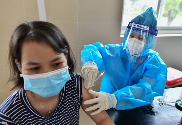 Hon 14 trieu nguoi tai TPHCM da duoc tiem vaccine Sinopharm